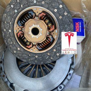 Lá côn Toyota Fortuner, Toyota Hilux 312500K281