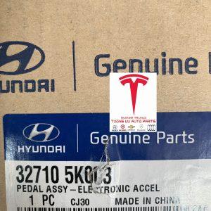 Chân ga Hyundai County HD65/72 D4DD 327105K003