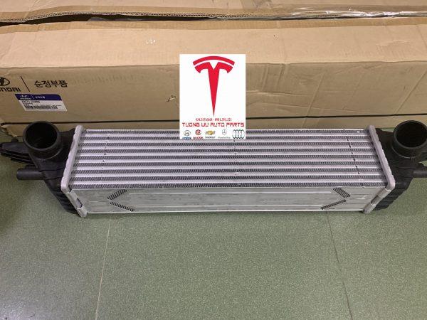 Két làm mát khí nạp Turbo Hyundai Genesis 2009 282712C000